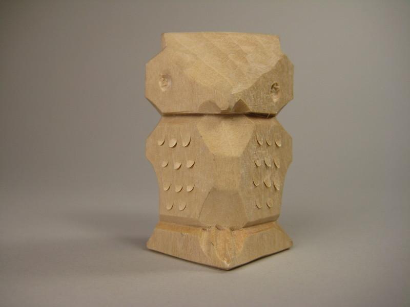 New years carved owl u woodbin